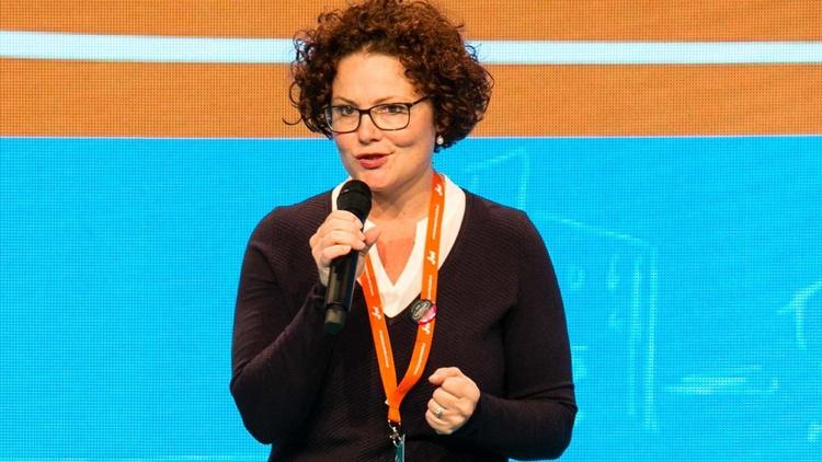 Bild zeigt Elisabeth Zehetner-Piewald