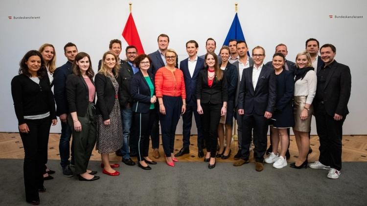 Gruppenbild JW mit Bundeskanzler Sebastian Kurz