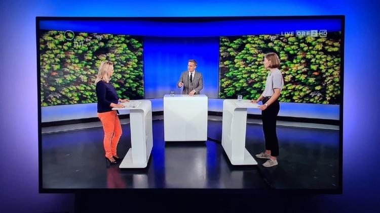 Bundesvorsitzende der JW im ORF mit Moderator und weiterem Gast