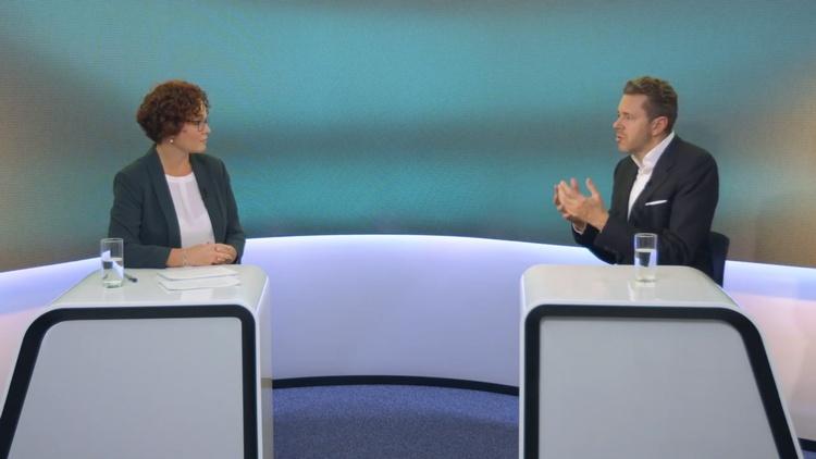 WKÖ Präsident Mahrer und JW Geschäftsführerin Zehetner im Gespräch
